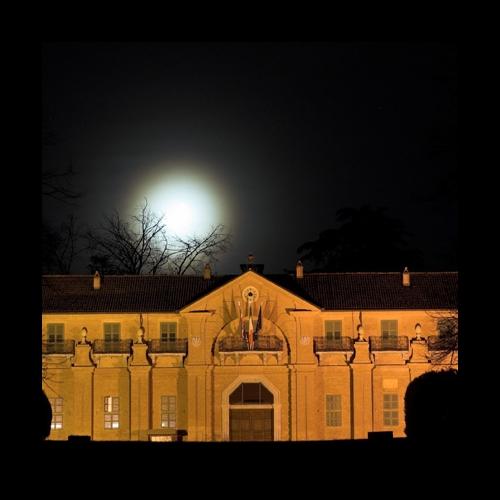 Borgo Castello di notte