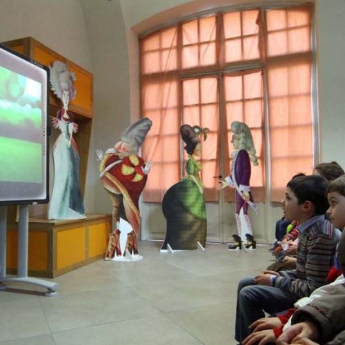 Attività Il banchetto del Re - Bambini durante la visione del cortrometraggio