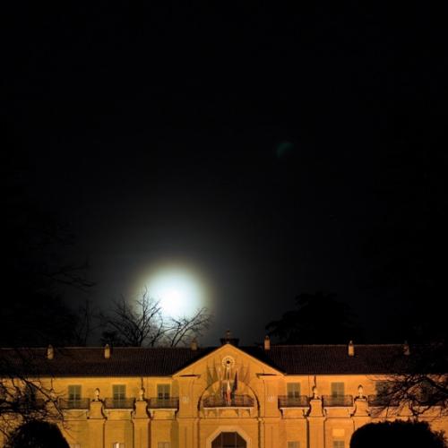 Castello della Mandria di notte