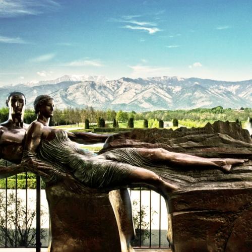 Paolo Borghi: Le Alpi, 2003, bronzo. Courtesy: Studio Copernico - Milano