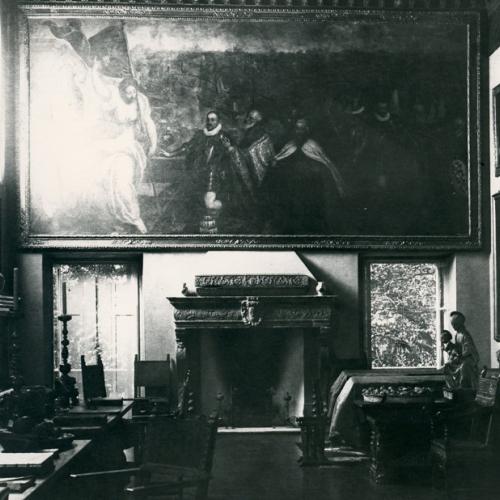 La Sala della Musica a Villa San Remigio in una fotografia dei primi decenni del xx secolo (Museo del paesaggio – Fondo Fotografico)
