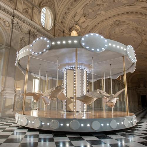 La giostra di Nina nella Galleria Grande della Reggia di Venaria - Foto di Tino Gerbaldo