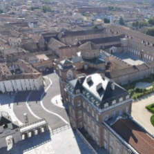 Veduta dall'alto del Borgo Antico e della Reggia