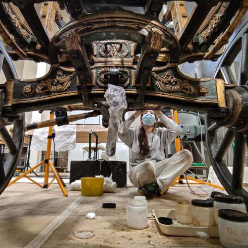 La carrozza di Napoleone in fase di restauro presso il Centro di Conservazione e Restauro 'La Venaria Reale'