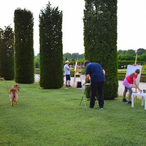 Ragazzi dipingono i Giardini della Reggia di Venaria