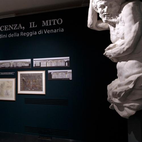 Copie dei telamoni della Fontana d'Ercole