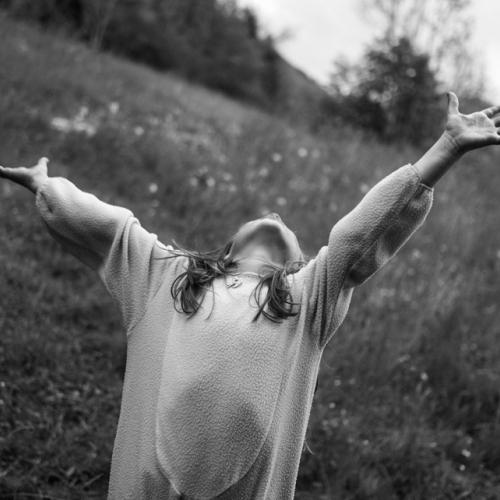 Qaurantine project. Emma, 6. Switzerland, 2020. ©Paolo Pellegrin/Magnum Photos
