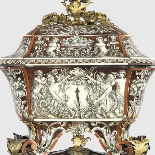 P. Piffetti, Cofanetto, 1740-50. Torino, Musei Reali, Palazzo Reale