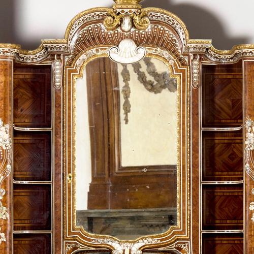 P.Piffetti, Scrivania con scansia, 1767-1768, Soprintendenza Archeologia, Belle Arti e Paesaggio per la città metropolitana di Torino (Palazzo Chiablese)