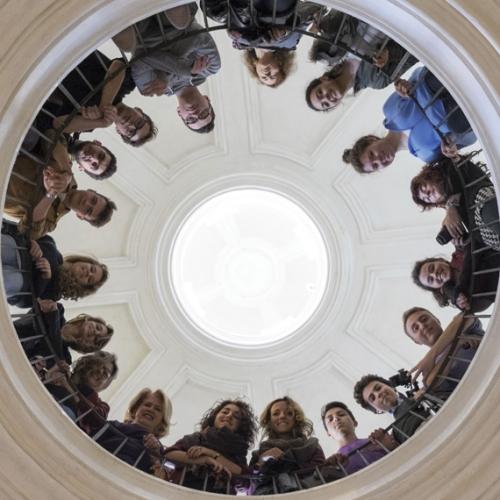 Ragazzi nella Cappella di Sant'Uberto.